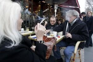 Rokers stoppen groepsgewijs